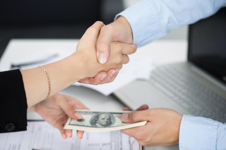 Personal Loan vs Line of Credit: A Comparison